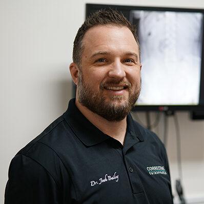 Chiropractor Auburn WA Dr Josh Bailey Knee Pain LP